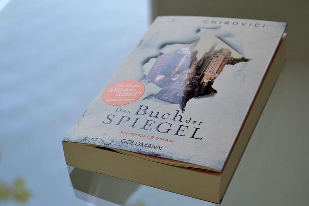 Books: Das Buch der Spiegel | E.O. Chirovici