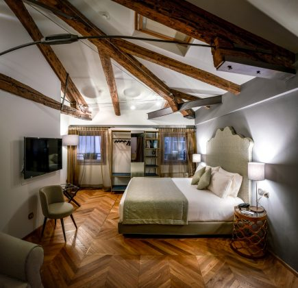 hotel excess venice