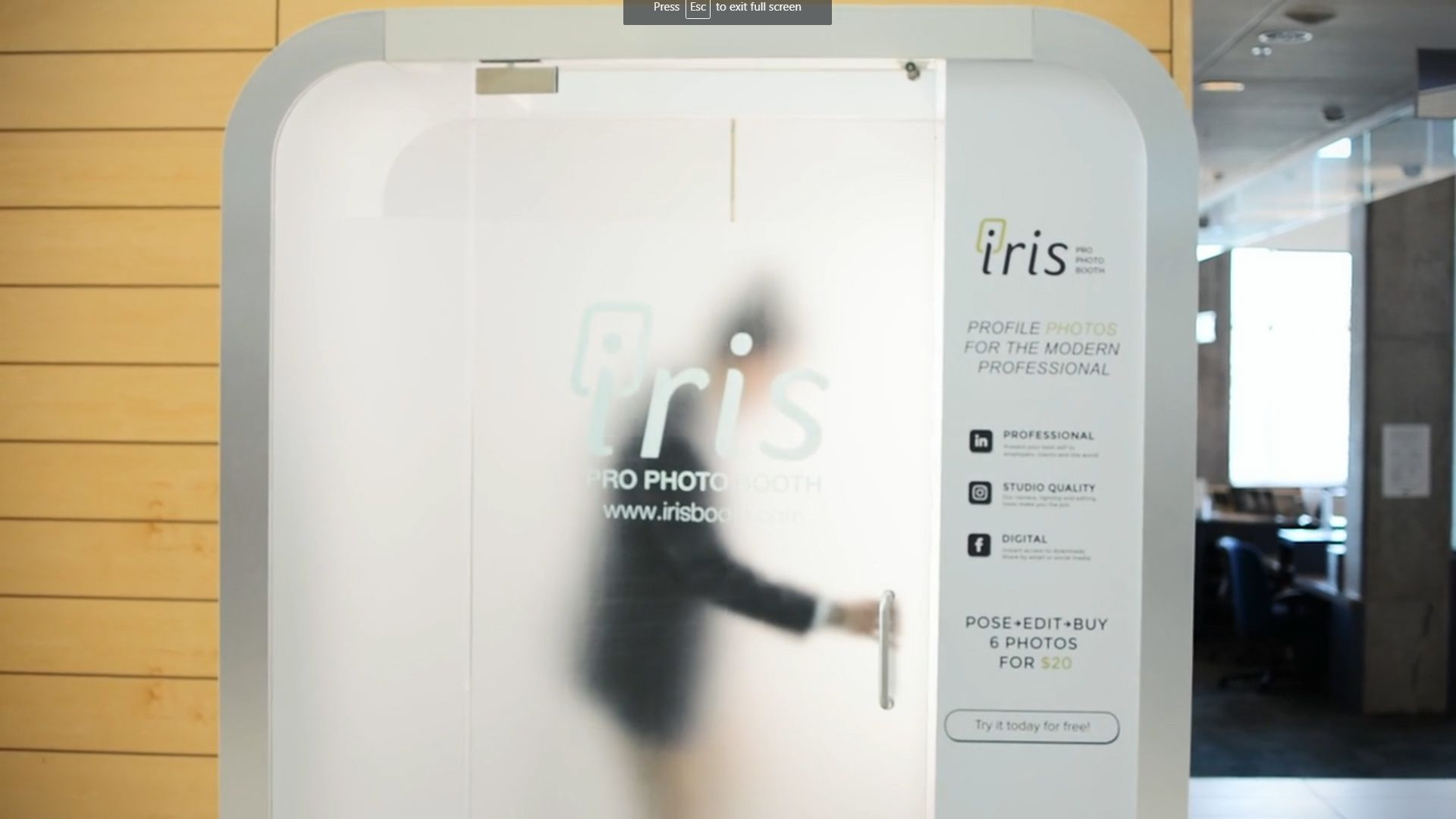 Automated eye glasses booth