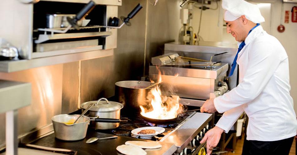 Come diventare cuoco senza aver fatto l'alberghiero