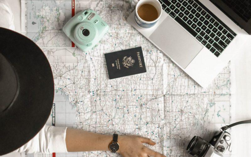 Le professioni e gli strumenti che ti permettono di lavorare viaggiando