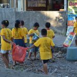 Umwelt-von-Müll-befreien-Ziel-Trash-Heroes-Amed-Bali
