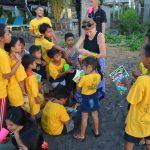 Schulhefte-statt-Plastikzahnbürsten-Trash-Heroes-Amed-Bali
