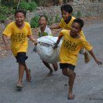 Spaß-Freude-Trash-Heroes-Amed-Bali