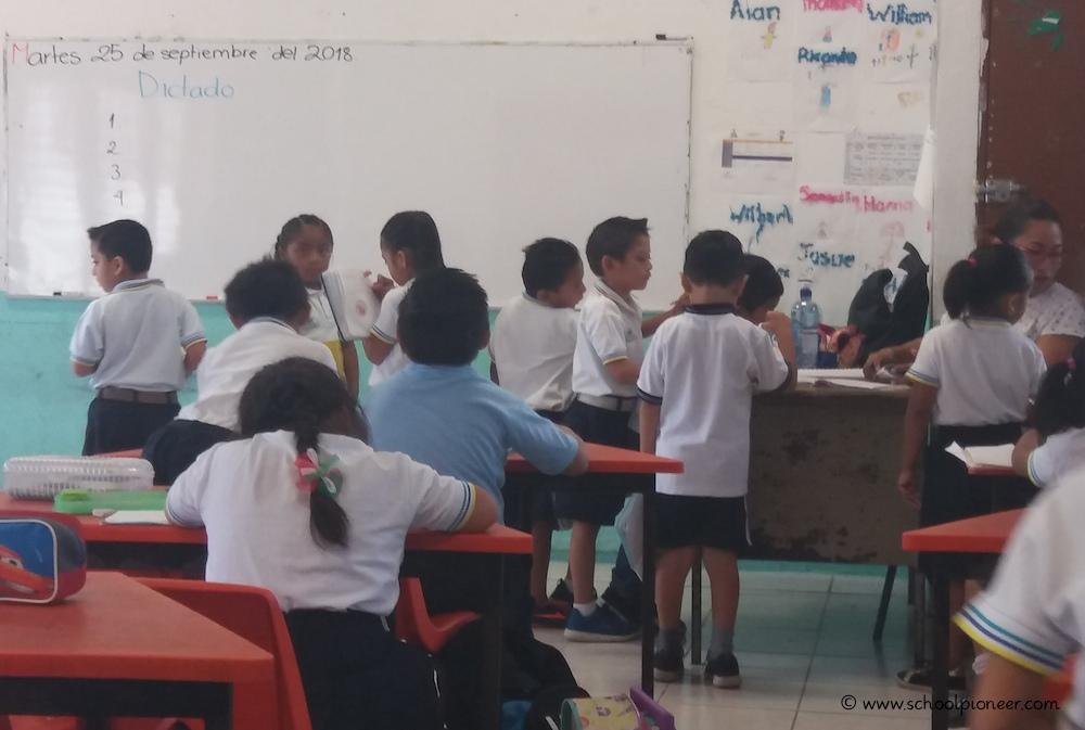 Korrektur-Diktat-Erste-Klasse-Mexiko-Grundschule