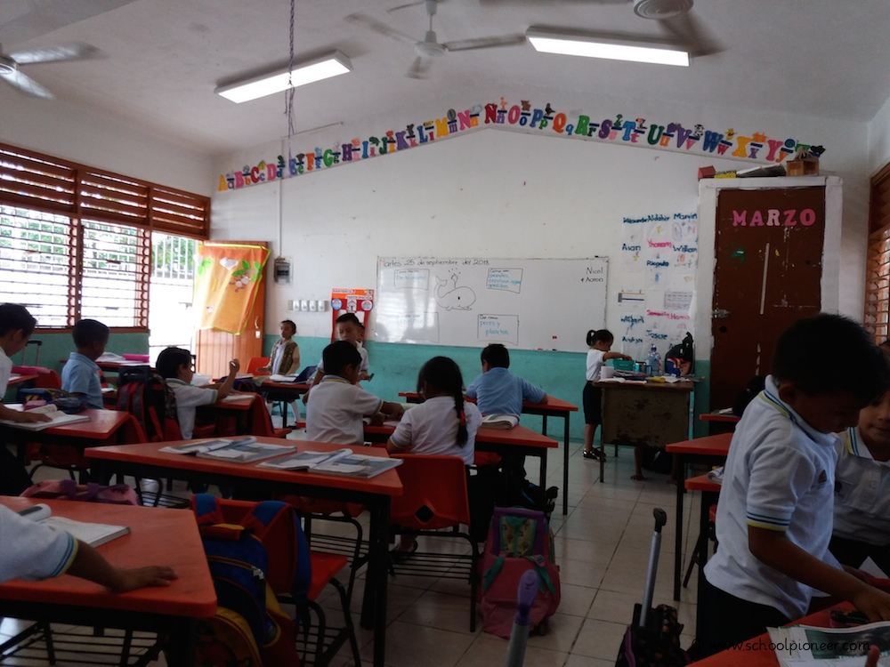 Klassenzimmer-Grundschule-Mexiko