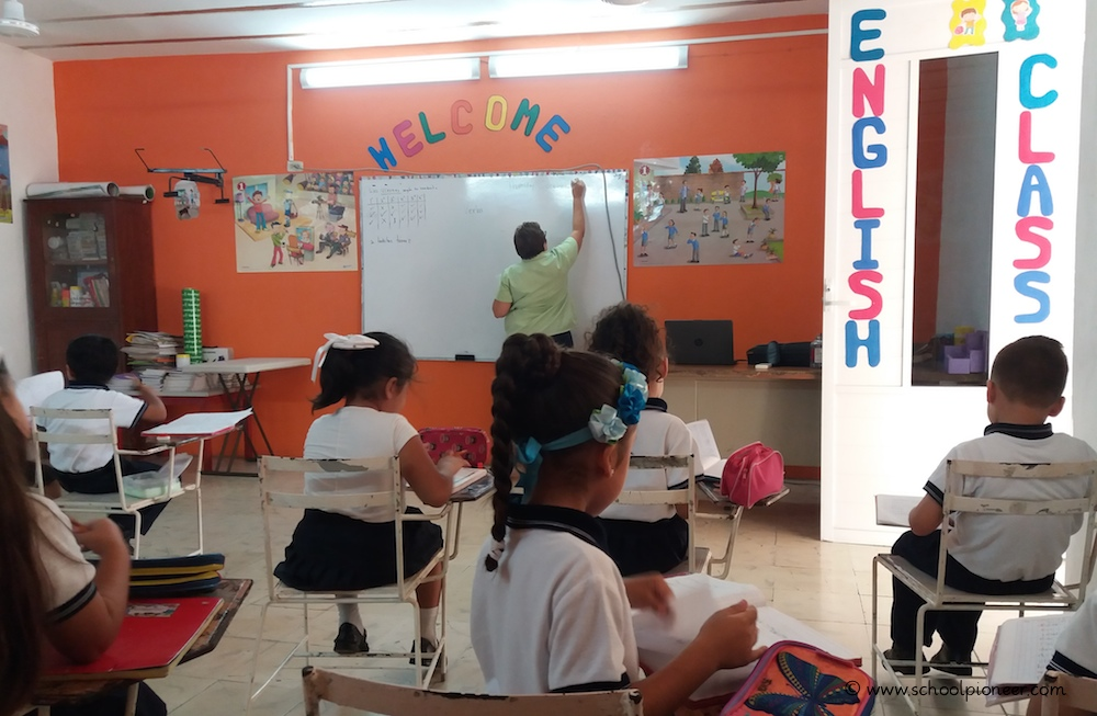 English-Class-Privatschule-Grundschule-Mexiko