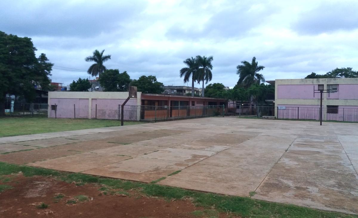 Grundschule-Havanna-Vedado-Kuba