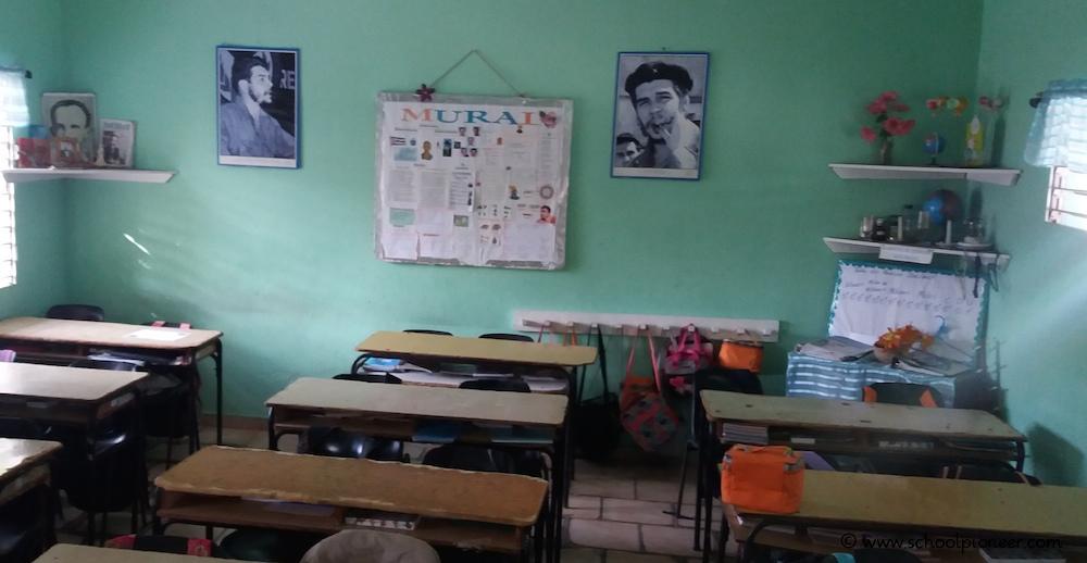 Nationalhelden-Klassenzimmer-Grundschule-Kuba