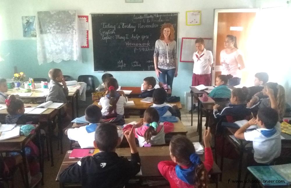 Fragerunde-Kuba-Grundschule-Unterricht