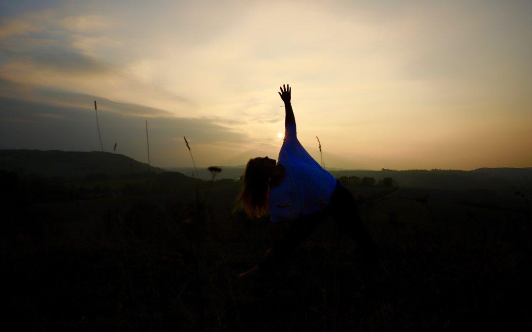 """""""Winter Moments"""" – Yogakurse im November und Dezember"""