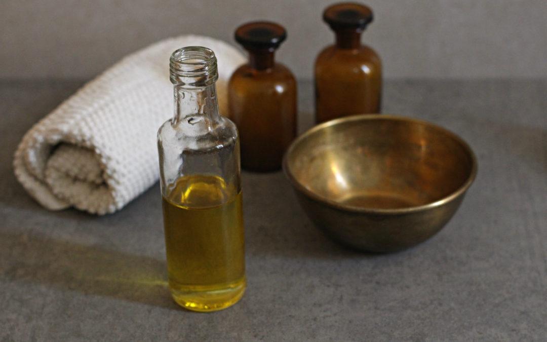 Abhyanga: Was die ayurvedische Ölmassage für deine Gesundheit tun kann