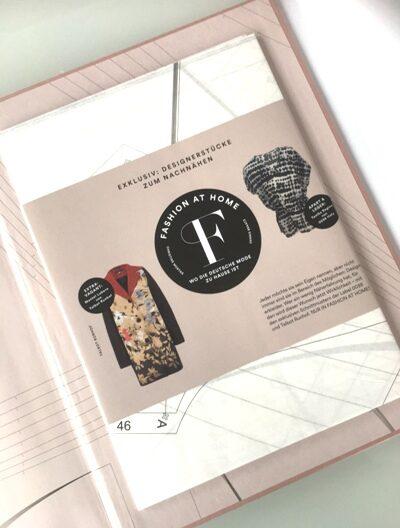 Am Ende des Buches wird die Leserin überrascht: Zwei Schnittmuster der Designer laden zum Nachnähen ein.