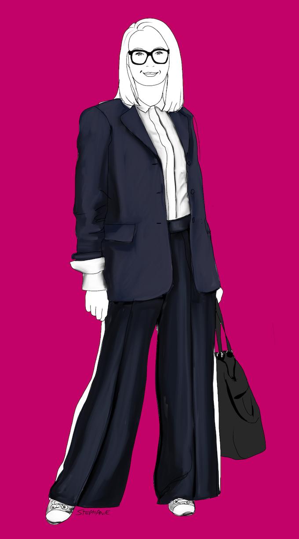 Hier trage ich meine Hose im Athleisure-Trend zu zwei sehr strukturierten Business-Basics: einer weißen Bluse und einem dunkelblauen Long-Blazer. Der große, knautische Shopper und die weiß-silbernen Sneakers bleiben auf der sportlich-lässigen Stil-Skala. So entsteht ein casual Business-Outfit. Kleine Frauen sollten allerdings unbedingt einen kürzeren und figurnäheren Blazer dazu tragen!