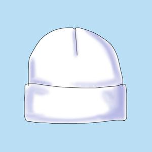 Eine Rollmütze oder Beanie lässt die Stirnpartie breiter erscheinen.
