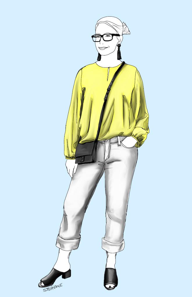 Outfit mit gelber Seidenbluse, weißer Jeans