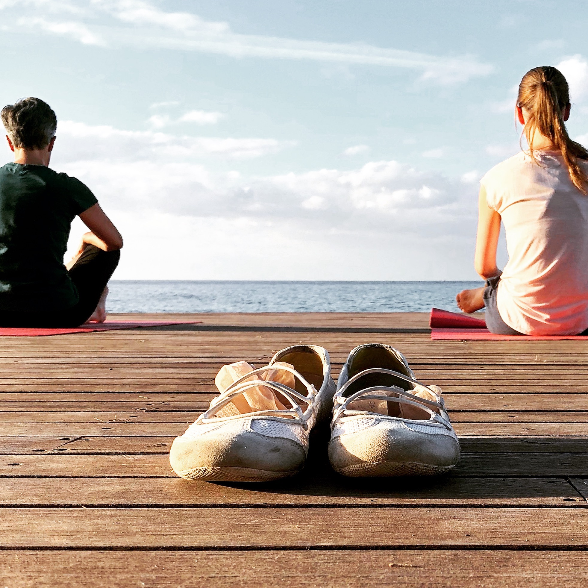 Bring Energie in deine eigene Yoga Praxis. Meditationshaltung