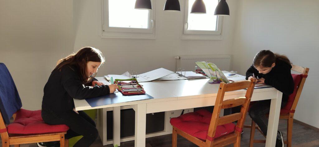 Homeschooling am Küchentisch