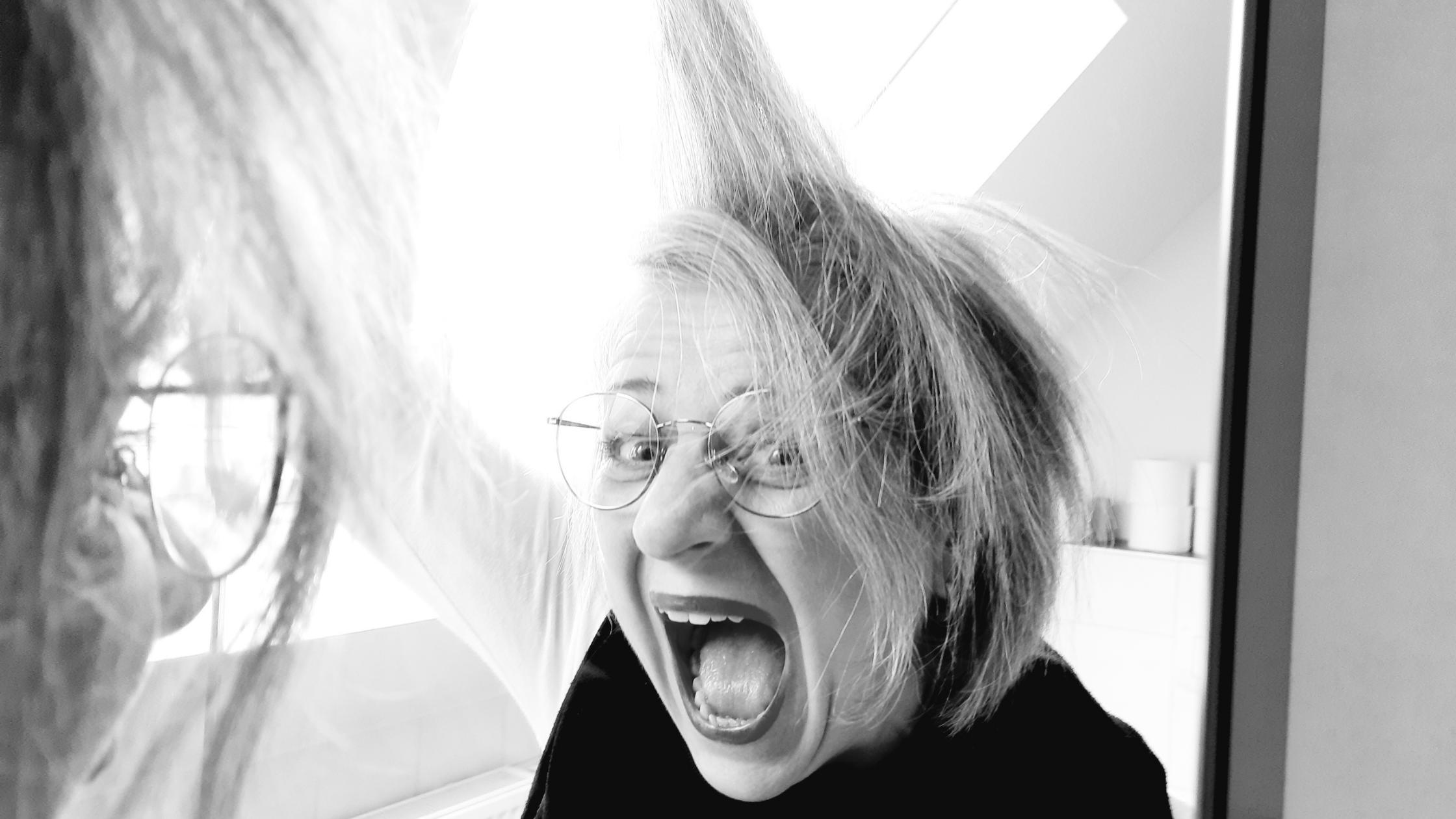 Graue Haare: Markenzeichen oder Business-Killer?