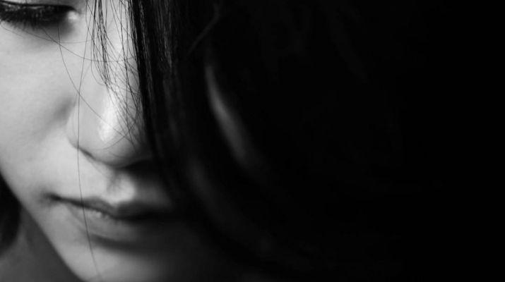 Wie Glaubenssätze zu emotionaler Abhängigkeit führen