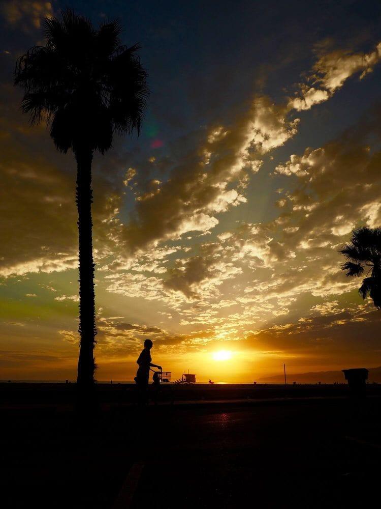 Santa Monica amazing sunset