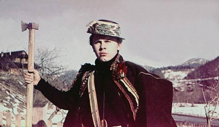 Сергей Одайник, сын художника.