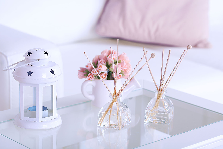 raumduft selber machen 5 minuten diy f r deine wohnung. Black Bedroom Furniture Sets. Home Design Ideas
