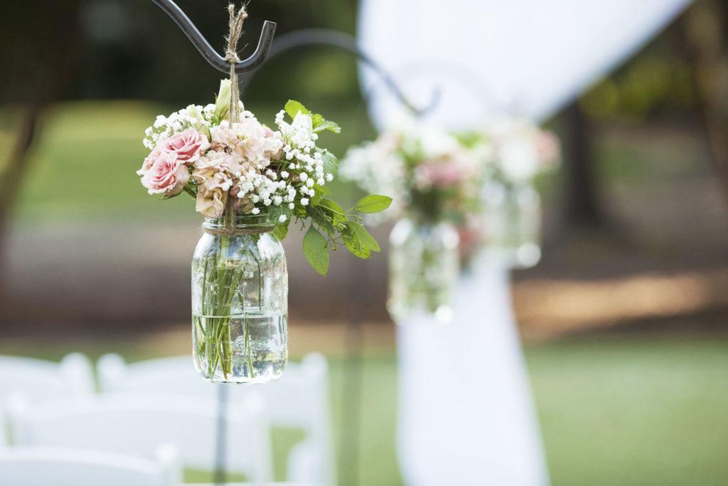 Basteln mit Einmachgläsern als Hochzeitsdeko
