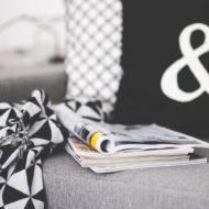 Buchstaben Kissen mit Textilfarbe basteln
