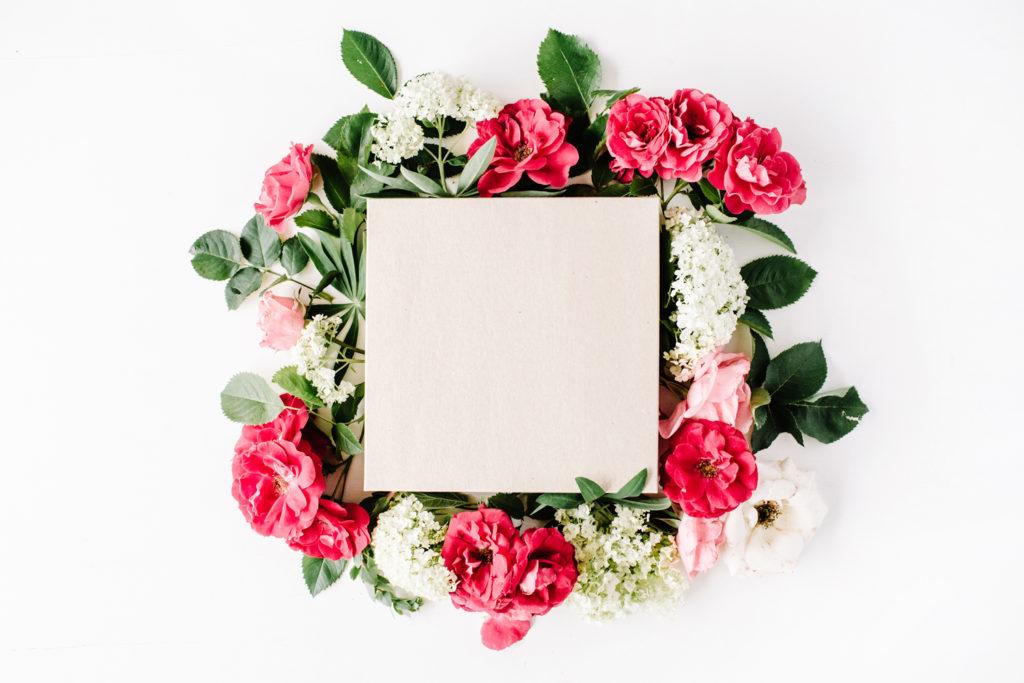 Mit Blumen basteln: Bilderrahmen