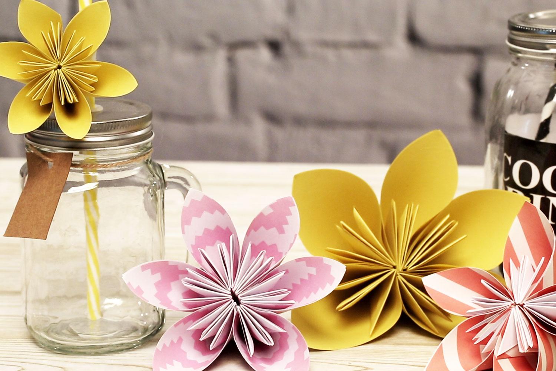 Anleitung zum Origami Blume falten