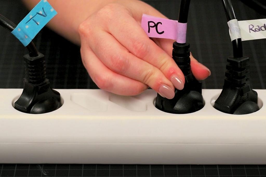 Kabel beschriften mit Masking Tape