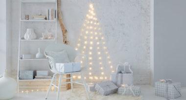 Weihnachtsbaum basteln aus einer LED Lichterkette