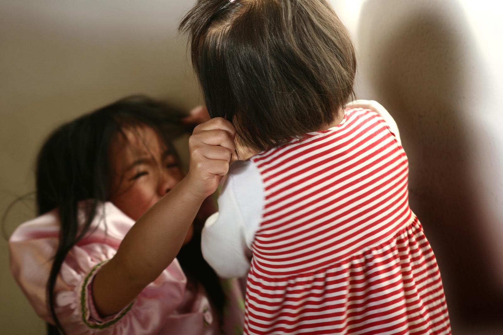Kind Beißt Warum Beißen Kinder Und Was Können Eltern Tun