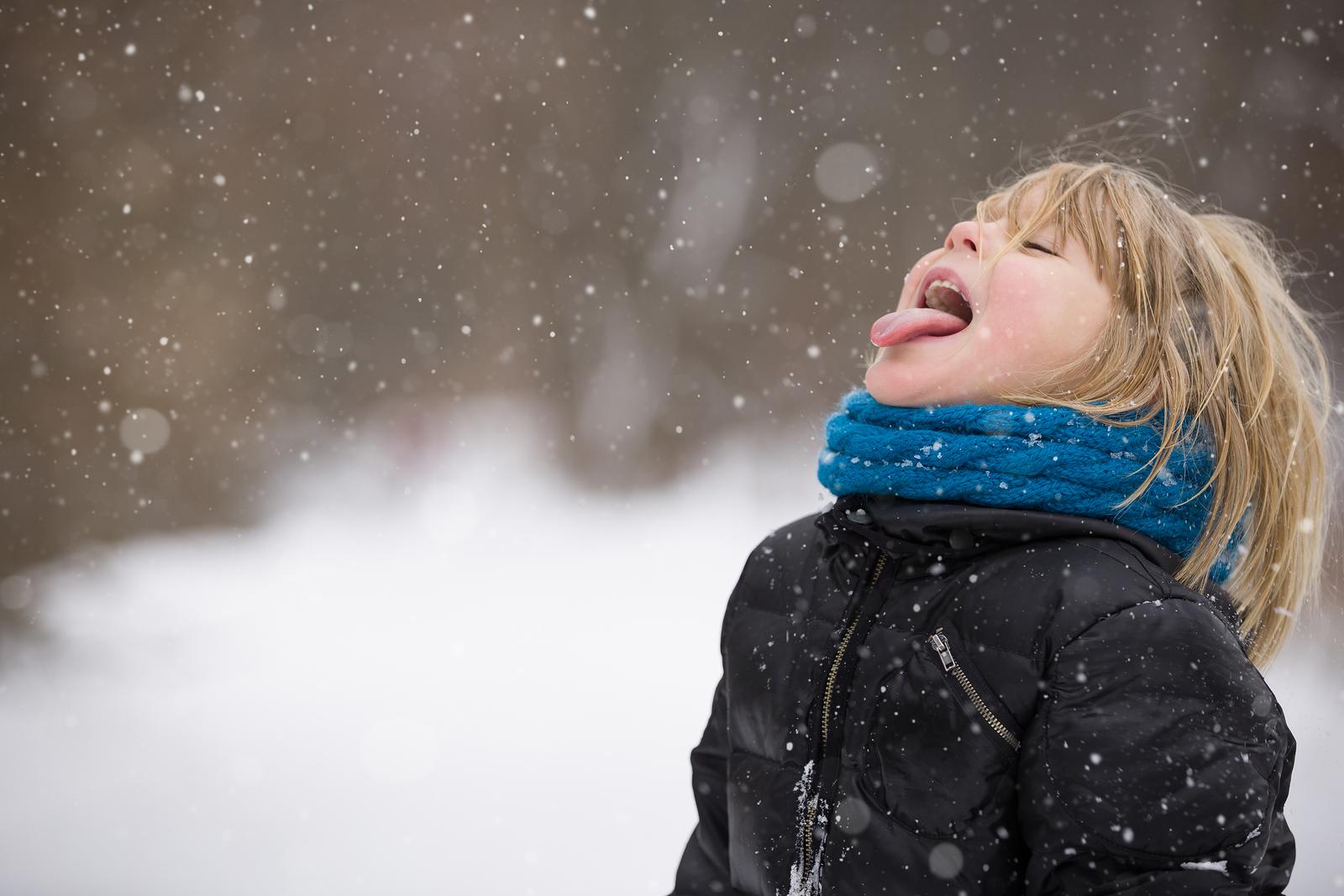 Kind im Schnee