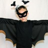 Ein Fledermauskostüm für Kinder lässt sich in wenigen Schritten selbst nähen