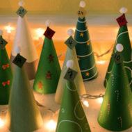 Adventskalender aus Tannenbäumen