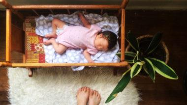 Wenn Baby in einem Wachstumsschub steckt, schläft es meist unruhiger.