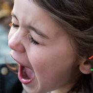 Mädchen will keine Kindererziehung