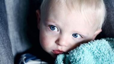 Junge mit blauen Augen