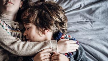Geschwisterkinder schlafen