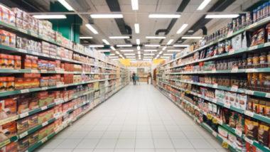 Gang eines Supermarkts