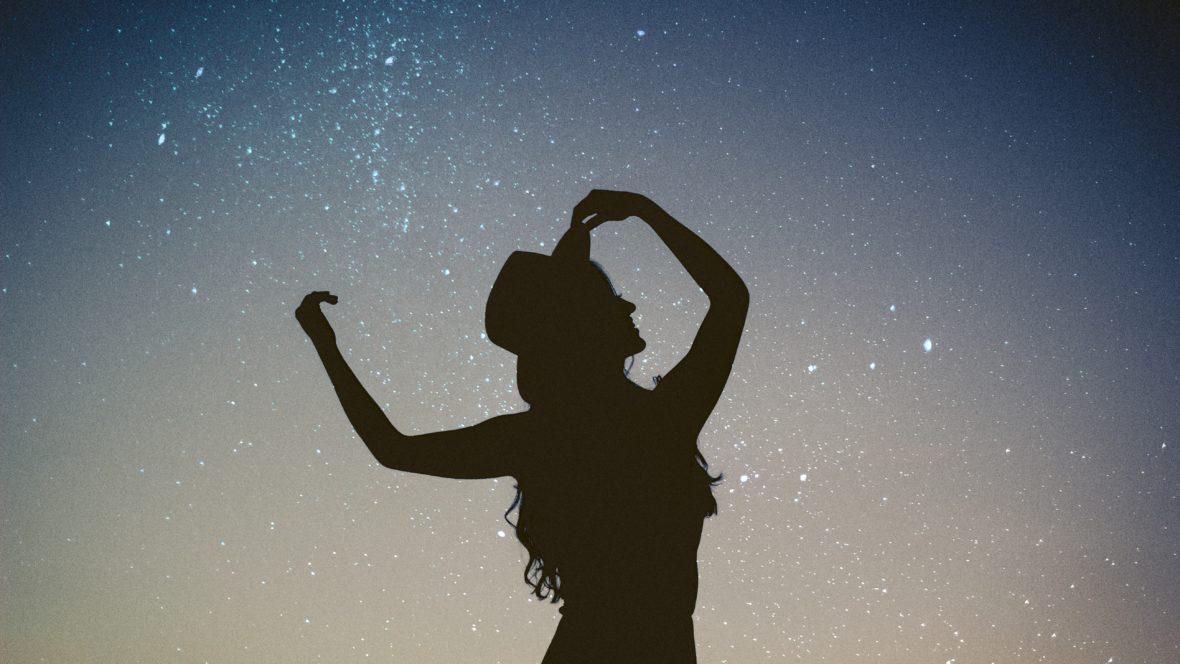 Dein Sternzeichen verrät einiges über deine Spiritualität und wie du mit ihr umgehst.