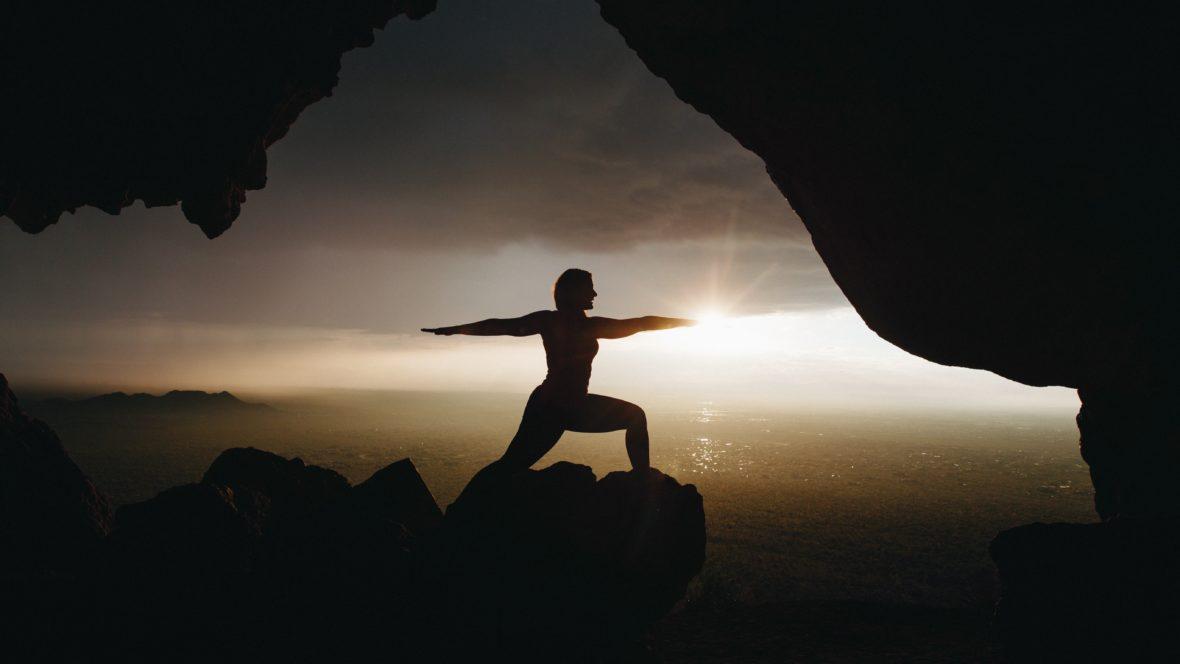 Hatha Yoga ist ein Yoga-Stil, den jeder praktizieren kann.