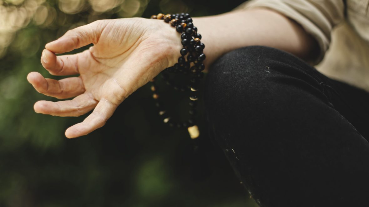 Mudras werden auch als Finger-Yoga bezeichnet.
