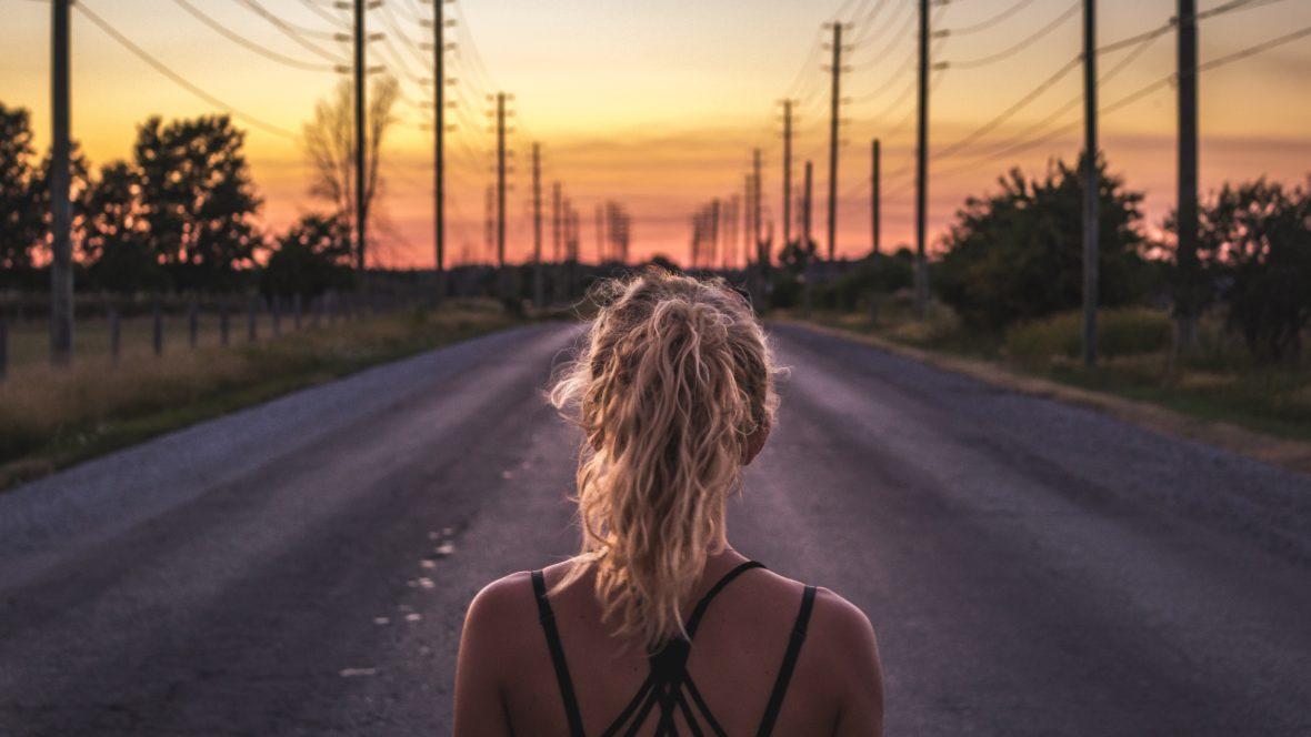 Kommt es dir auch manchmal so vor, als würdest du immer wieder bei demselben Problem landen? Die 7-Jahres-Regel kann uns helfen, unser Leben zu verstehen. Und was man versteht, kann man ändern ...
