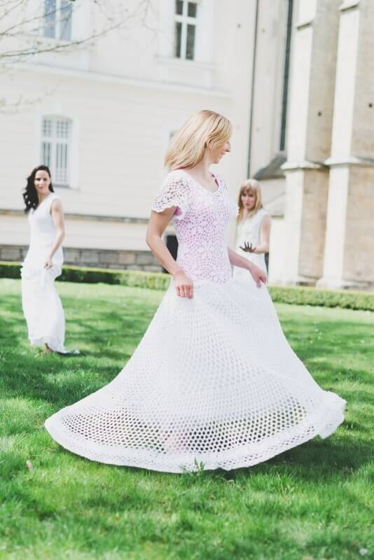 Trend 2015: Gehäkelte Brautkleider