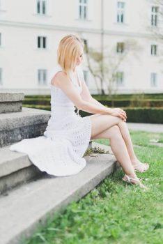 Der neue Trend: gehäkelte Brautkleider