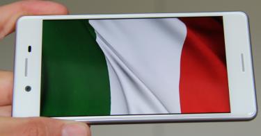 Mobiltelefonen afslører: Danskernes sommerferie gik til Italien – husk billig roaming