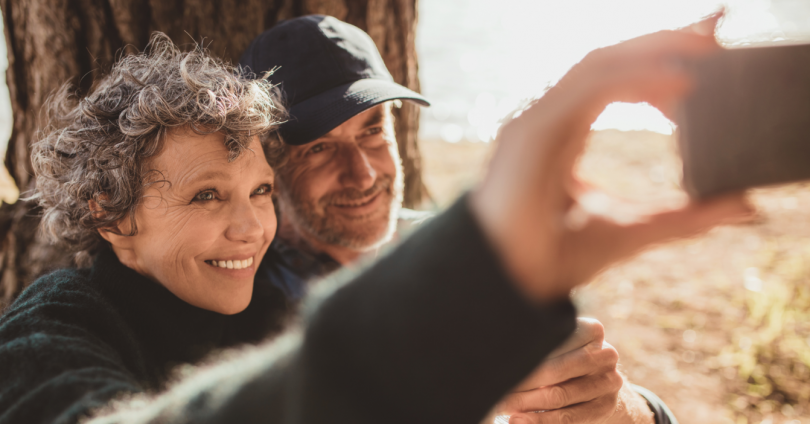 Bedste smartphones til ældre – guide og priser